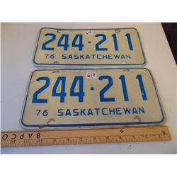 617 PAIR MATCHING 1976 SASKATCHEWAN LICENCE PLATES