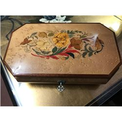 Sorrento Inlaid Birdseye Maple Jewelry Box, Made in Italy, 9.5'' x 5.5'' x 2.5''
