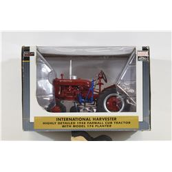 SpecCast Collectibles International Tractor