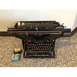 NO RESERVE VINTAGE RARE 1920'S UNDERWOOD STANDARD TYPEWRITER