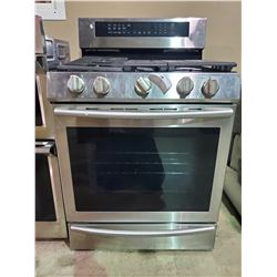 SAMSUNG STAINLESS STEEL AND BLACK GAS COOK RANGE