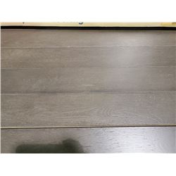 PALLET OF NEWBURY PLANK LOCKING FLOORING (SPECIES: OAK)
