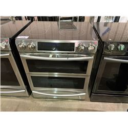 SAMSUNG STAINLESS STEEL 5.8 CU.FT ELECTRIC RANGE WITH FLEX DUO