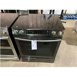 "SAMSUNG  BLACK STAINLESS STEEL  31"" - 5.8 CU. FT   SAMSUNG SLIDE-IN CONVECTION ELECTRIC RANGE"