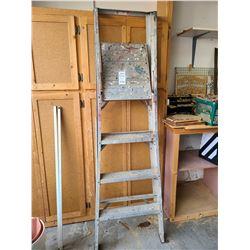 Featherlight Step Ladder A