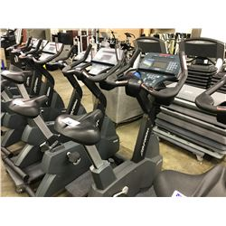 LIFE FITNESS LIFE CYCLE 9500 HR UPRIGHT BIKE