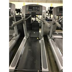 LIFE FITNESS 95TI FLEX DECK TREADMILL WITH 120V/20AMP