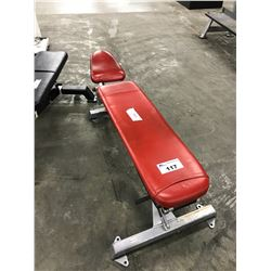 RED INCLINE BENCH