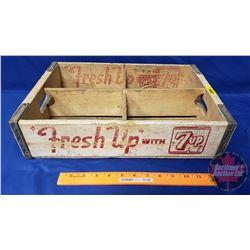 """7-UP Wood Crate - 24 Flat Bottle Carrier """"Minneapolis Minn 1962"""" (17"""" x 11-1/2"""" x 4"""")"""