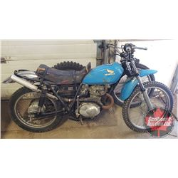 Motorbike : 1976 XL175 Honda (Not Running - Project Bike) c/w Extra Front Tire on Rim & One Tire