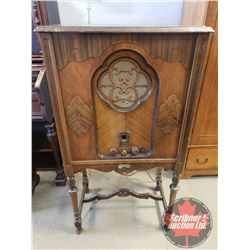 """""""Dictator"""" Trestle Base Cabinet Style Parlor Radio (49""""H x 26""""W x 16""""D) (not working)"""