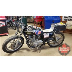 Motorbike: Suzuki GS400 Converted to Café Racer (Not Running - Project) (Note: The Engines/Motorbike