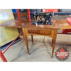 "Royal Deluxe Elec Sewing Machine S/N#DA251219 (31""H x 26""W x 17""D)"