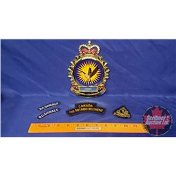 Cap Badge Kings Crown Royal Canadian Signals WWII, Felt Shoulder Titles Ontario Regiment post WWII &