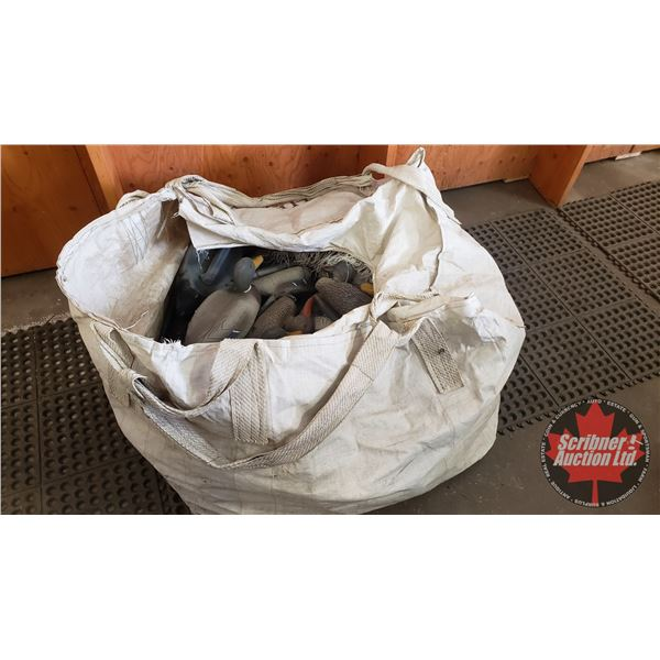 Carry-Lite Floating Mallard Decoys (35) in Large Tote Bag