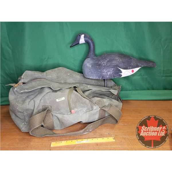 Goose Decoys with Duffle Bag (8 Bodies/6 Heads + Stakes)