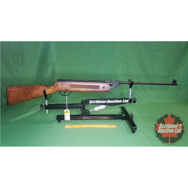 Air Rifle: Winchester 500X Break .177 (Needs Work: Trigger Guard Broken & Side Screw Missing) (S/N#1