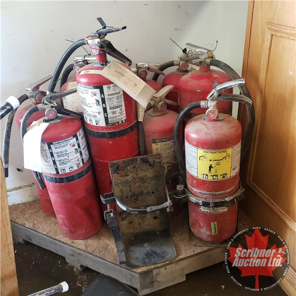 Pallet Lot: Fire Extinguishers (9) (Gauges Show Charged on 6 and Discharged on 3)