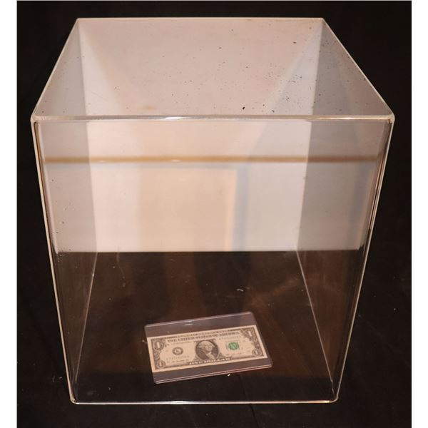 ZZ-CLEARANCE DISPLAY CASE ACRYLIC WITH WHITE BACKING NO BASE