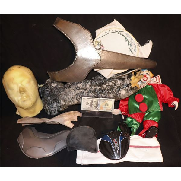 PROP & COSTUME WHOLESALE LOT OF 10 ITEMS F