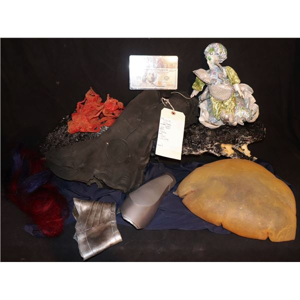PROP & COSTUME WHOLESALE LOT OF 10 ITEMS I
