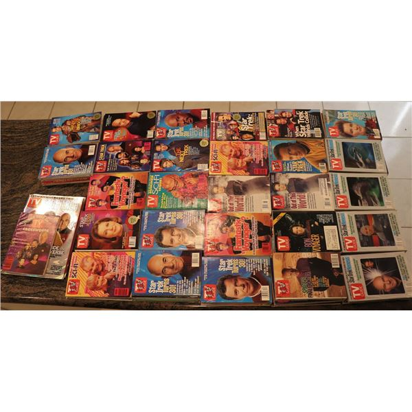 STAR TREK TV GUIDES HUGE COLLECTION OF 85 TNG TO VOYAGER