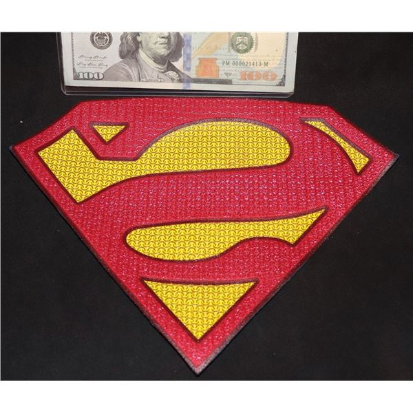 SUPERMAN & LOIS BIZARRO BACKWARDS GLYPH