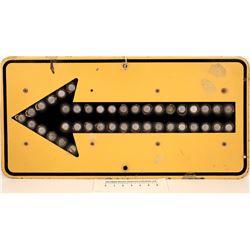 CA Div of Hwys Arrow Sign  [126907]