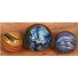 Onionskin marbles (3)  [127822]