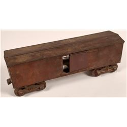 Cast Iron Box Car with Chicken inside  [133065]