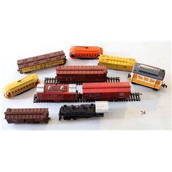 HO Steam Locomotive and 9 Cars  [133231]