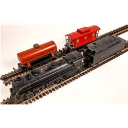 Lionel #229 Locomotive, Tender, and 2 Cars  [133003]