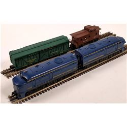 Lionel ALCO Diesel AA Unit and 2 Cars  [133167]