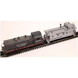 Lionel Diesel Locomotive and Caboose  [133060]