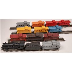 Lionel Steam Locomotive, Tender and 11 Cabooses  [133125]