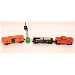 Lionel O Gauge Cars and Signal  [128048]