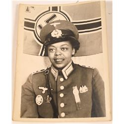 South Pacific Lady Officer Converted to a Nazi? Photo  [128841]