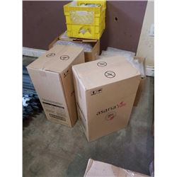 Two boxes of new asana fille mini servettes