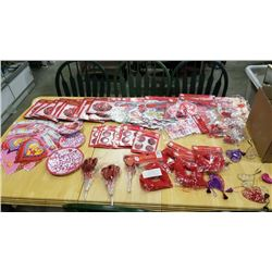 LOT OF NEW VALENTINES DAY DECORATIONS