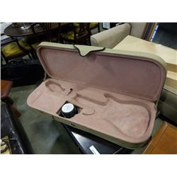 ELECTRIC GUITAR CASE WITH BUILT IN AMPLIFIER