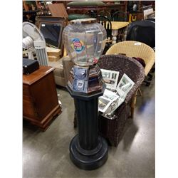 Vend it International four foot tall 25 cent gumball machine no key, as found, metal base, plastic w