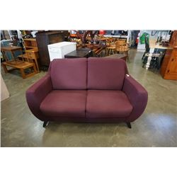 PURPLE UPHOLSTERED LOVESEAT MIKKA