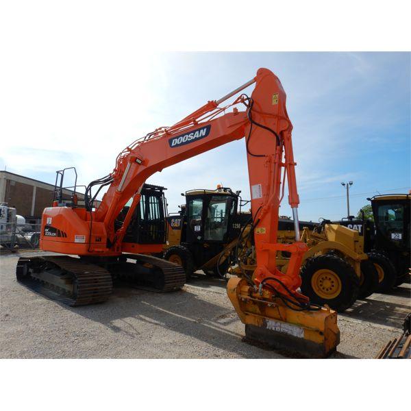 2014 DOOSAN DX235LCR Excavator
