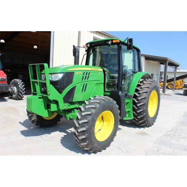 2016 JOHN DEERE 6105M Farm Tractor