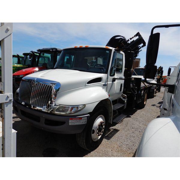 2009 INTERNATIONAL 4300 DURASTAR Boom / Crane Truck