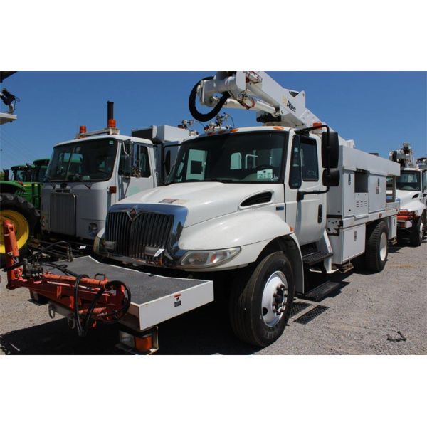 2014 INTERNATIONAL 4300 M7 Bucket Truck
