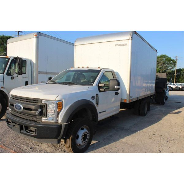 2017 FORD F550 XL Box Truck