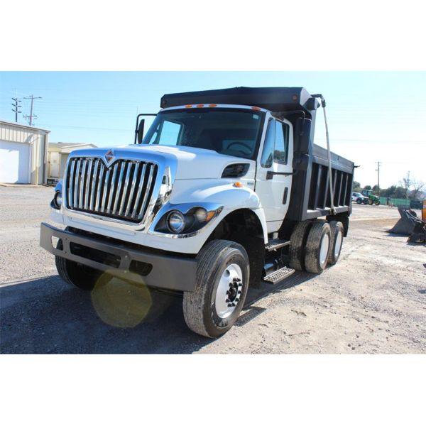 2011 INTERNATIONAL 7400 WORKSTAR Dump Truck