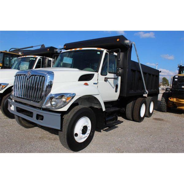 2008 INTERNATIONAL 7400 Dump Truck