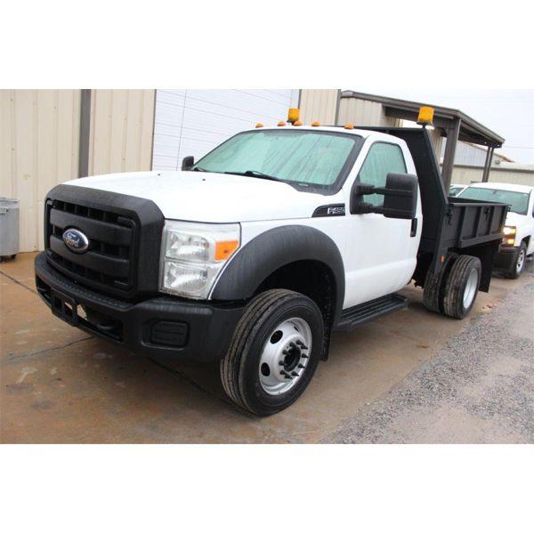 2011 FORD F450 XL Flatbed Truck